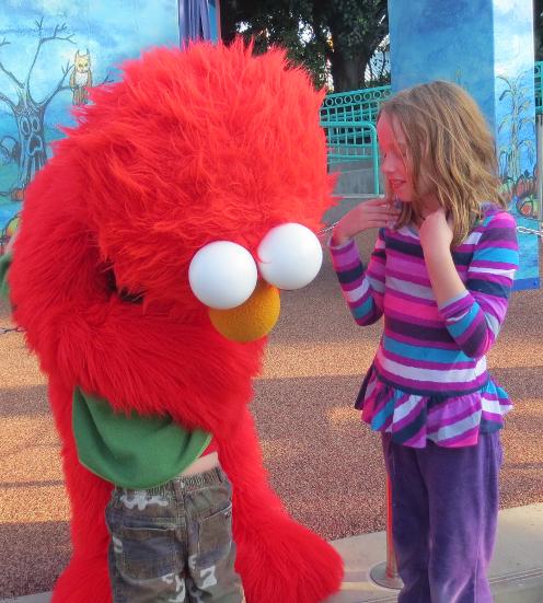 Elmo Hug