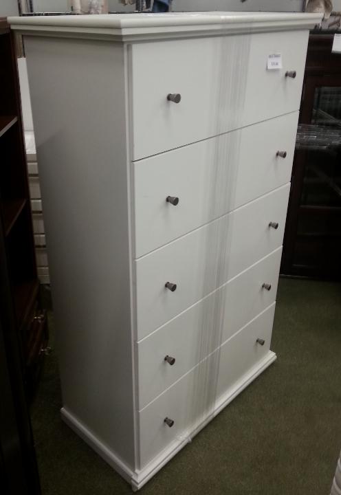 New_Good_Dresser